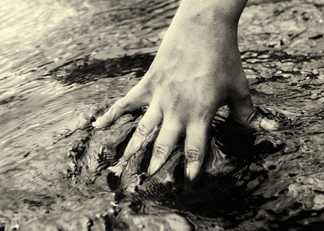 water_surface_hand.png